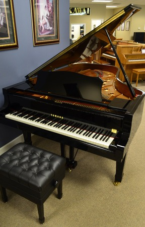featured piano yamaha c7 grand piano only 24 888 pianonotes online. Black Bedroom Furniture Sets. Home Design Ideas